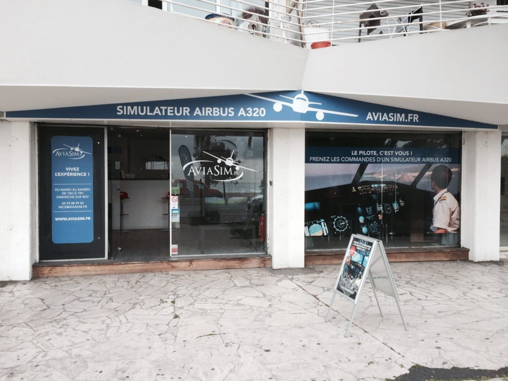 Commercial jet and fighter jet simulators in Nice with AviaSim!